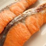 鮭が持つ抗酸化作用と切り身を美味しく食べる下処理について